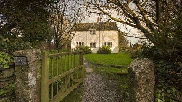 cottages in cornwall dog friendly