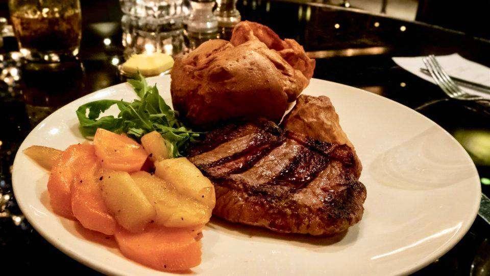 pub roast dinners manchester