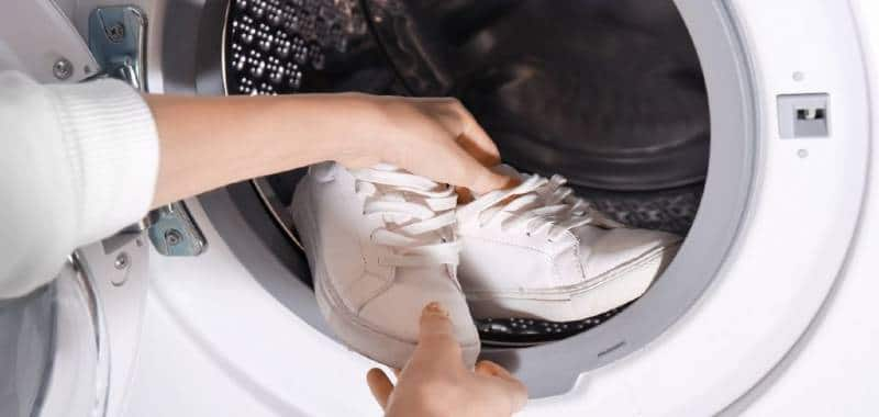 washing trainers covid19