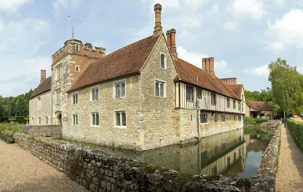 england manor houses